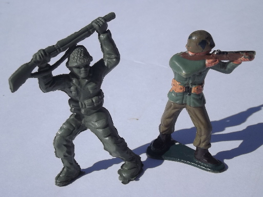 Green plastic army men toy soliders lot, vintage made in USA & Hong Kong