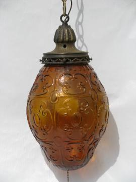 Groovy vintage 60's gypsy swag chain light, amber glass lamp shade