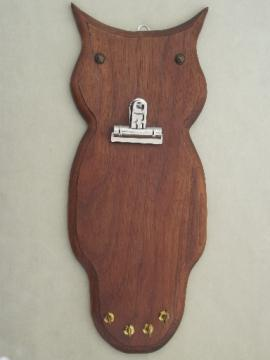 Handcrafted wood owl kitchen note board with hooks for keys, 70s retro!