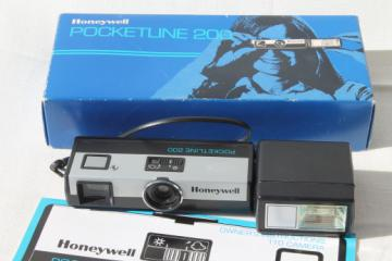 Honeywell Pocketline 200 vintage camera w/ flash, retro 70s instamatic type camera