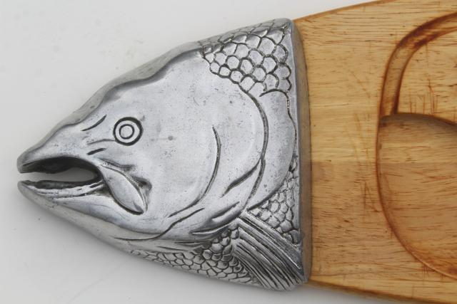 huge fish platter wood carving board w/ metal head & tail, vintage Arthur Court tray