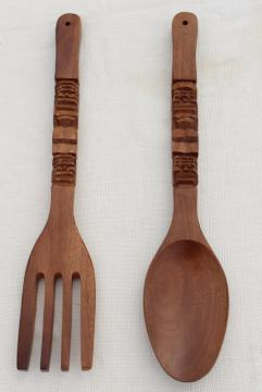 huge wood fork & spoon, vintage kitchen wall art, retro tiki bar style!
