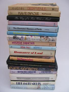 Large lot of erotic novels, french literature etc.