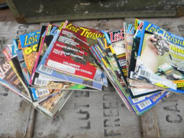 Large lot of old 1980s metal detecting magazines - Lost Treasure full year