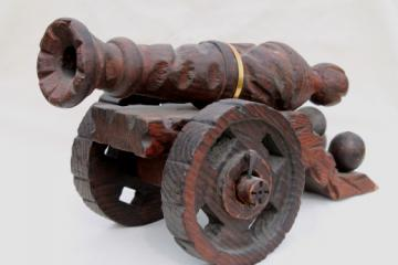 Large primitive carved wood cannon, vintage Caribbean pirate cannon souvenir
