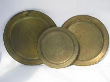 Large solid brass trays in graduated sizes, round chargers w/ etched designs