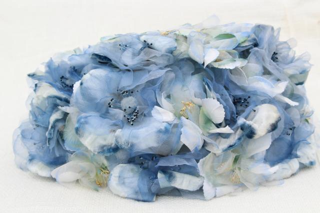 late 50s early 60s vintage pillbox hat, allover silk flowers in pale blue