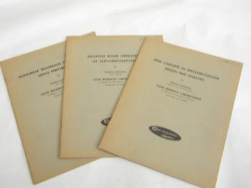 Lot 1940s vintage technical booklets on servo system engineering