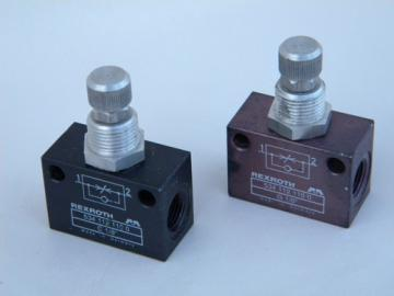 Lot 2 Rexroth pneumatic push button control valve/switch Germany