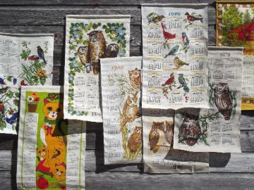 Lot 70s vintage calendar towels, printed linen kitchen towel calendars