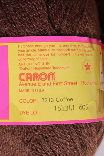 lot Caron sport weight Wintuk acrylic yarn, creamy yellow, coffee, raspberry, rose