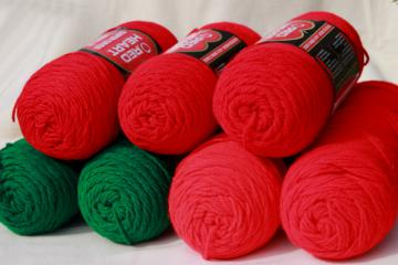 lot Red Heart Super Saver acrylic yarn, big jumbo skeins, Christmas red & green