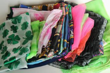 lot of 20 retro vintage scarves, silk, rayon, etc., mod prints & colors
