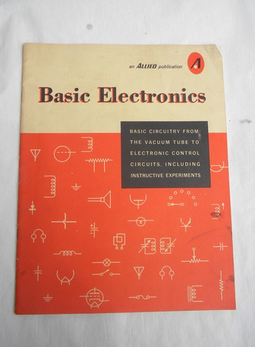Lot Of Assorted Vintage Electronics Books W  Circuit