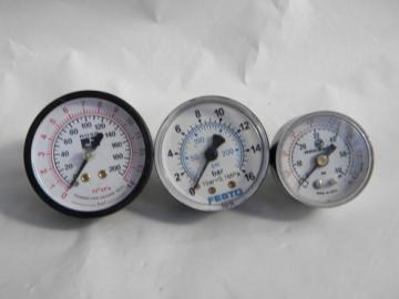 Lot of Norgren/Festo/Ross pressure gauges