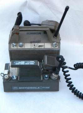Lot vintage two-way walkie-talkie radio transceivers for parts
