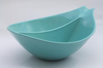 MCM asymmetrical divided bowl w/ handle, 50s turquoise blue Monterey California pottery