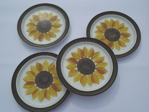 & Mexicali sunflower dinner plates vintage Electra Japan stoneware