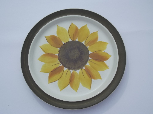 Mexicali Sunflower Dinner Plates Vintage Electra Japan