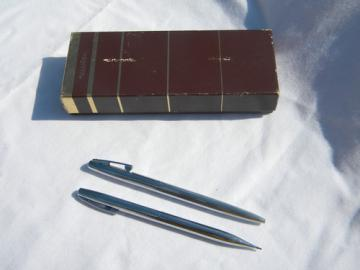 Mid century Sheaffer White Dot pen & pencil desk set, retro Mad Men vintage
