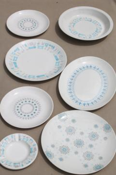 mid-century mod vintage china dinnerware, mismatched modern design pottery in shades of blue