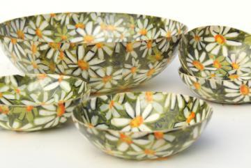 mid-century mod vintage fiberglass salad bowls set, flower power daisies!