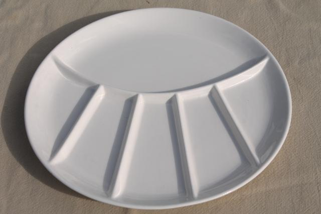 mid-century mod vintage pottery fondue plates, plain white ceramic dishes made in Japan