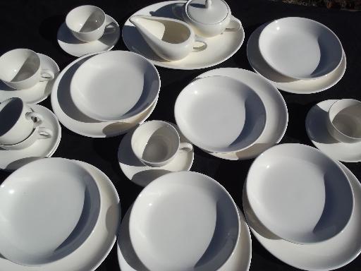 & Mid-century modern vintage pure white china dinnerware plain mod shapes