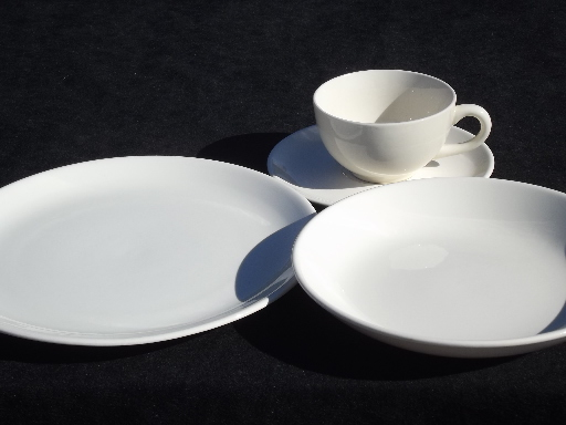 & Mid-century modern vintage pure white china dinnerware plain mod shapes