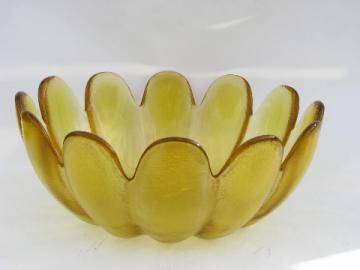 Mid-century vintage heavy art glass flower shape bowl, Blenko or Indiana?