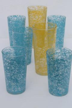 Mid-mod vintage drizzle drinking glasses, blue & yellow spaghetti string tumblers