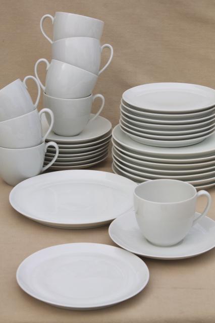 minimalist mod Schonwald plain white coupe china dinnerware mug cups \u0026 saucers \u0026 plates & minimalist mod Schonwald plain white coupe china dinnerware mug ...