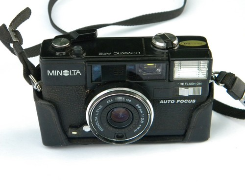 Minolta Hi-Matic AF2 35mm camera