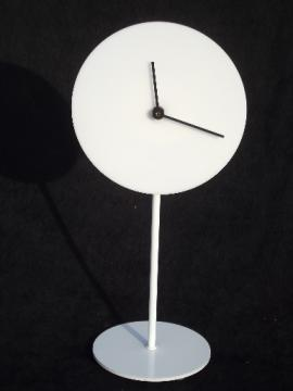 Mod blank face clock, 60s 70s  vintage table clock w/ plain white enamel on steel