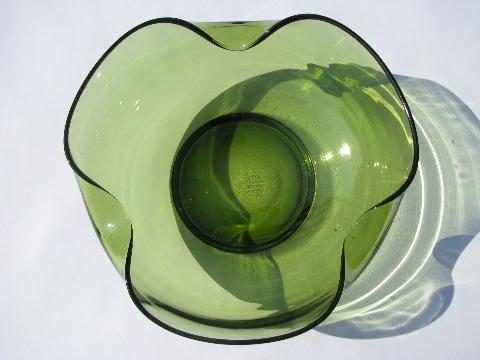 60/'s green glass bowl vintage mod glass Green pinch bowl entryway bowl green pinch bowl