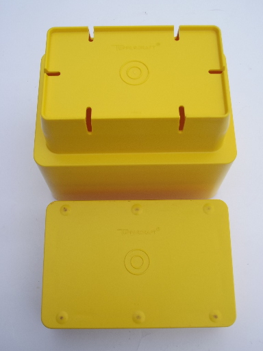 Mod Tuppercraft yellow block planter box, vintage Tupperware plastic