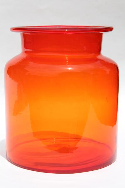 Mod Vintage Art Glass Canister Jar Or Flower Vase Amberina Red Orange Shaded Color