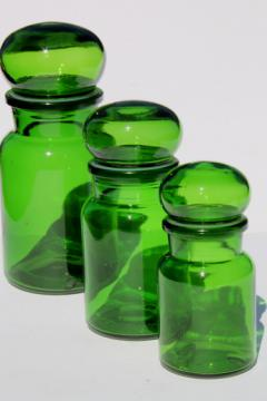 Mod vintage green glass kitchen canisters, airtight seal canister jars set