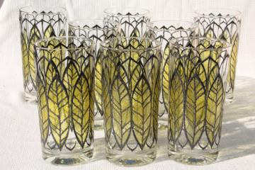 mod vintage green leaf print glass tumblers, Libbey? Briard? Culver? drinking glasses