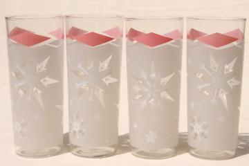 mod vintage starburst stars drinking glasses, retro pink & white pattern glass tumblers