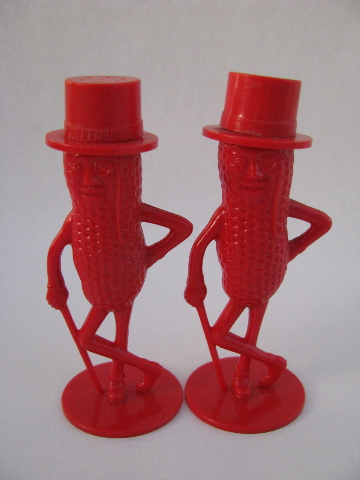 Mr Peanut Vintage Red Plastic S Amp P Shakers Planters