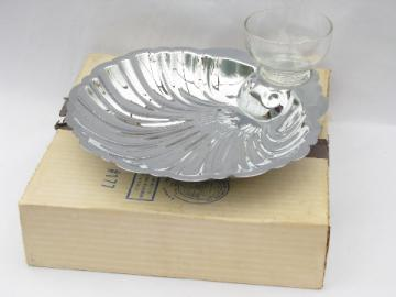Never used mod vintage silver chrome shell shaped dish w/ glass bowl