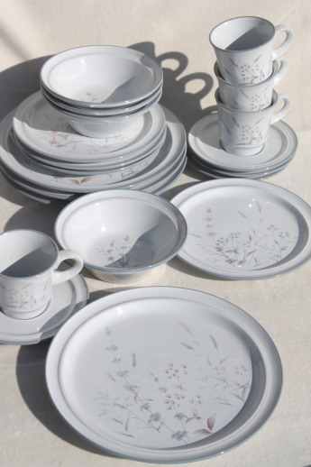 & Noritake Woodstock pattern dinnerware set for 4 vintage Japan stoneware