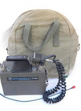 Old PT-500 lunchbox walkie-talkie radio, HT transceiver with case