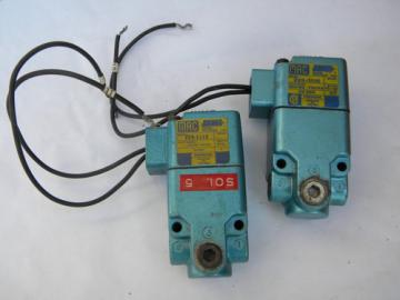 Pair MAC model 225-111C AC/DC compressed air solenoid valve
