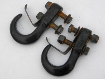 Pair of forged iron pulling chain tow hooks for truck bumper 5 ton max