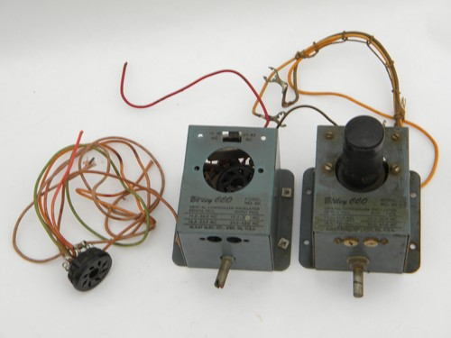 Pair of vintage Bliley CCO model 2H short wave radio crystal oscillators for parts