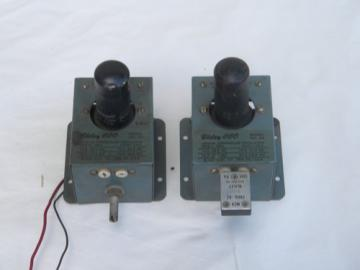 Pair vacuum tube vintage Bliley 2H crystal oscillator for shortwave radio