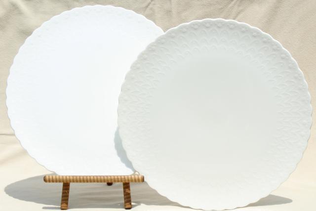 pair vintage Mikasa white silk embossed bone china cake plate plateau dessert trays & pair vintage Mikasa white silk embossed bone china cake plate ...