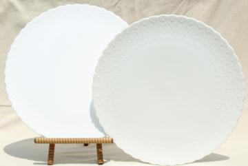 pair vintage Mikasa white silk embossed bone china cake plate plateau dessert trays